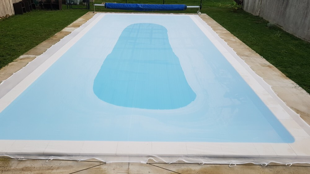 Filet antisalissures blanc transparent pour piscine