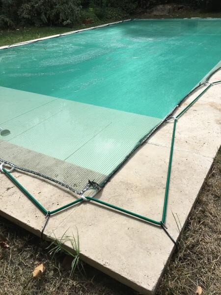 Filet anti-feulles et anti-salissures pour piscine