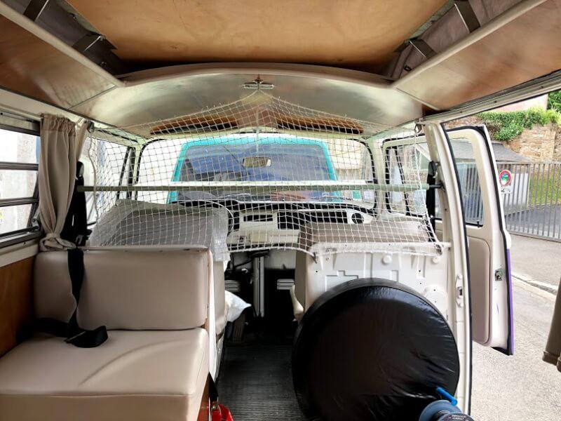 Filet de protection pour hamac dans Combi Volkswagen