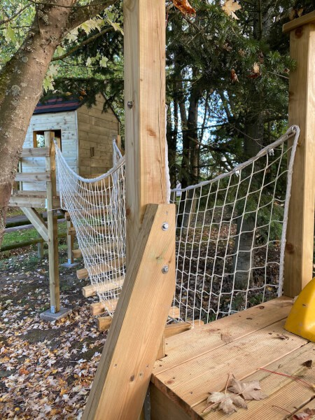 FIlet pour sécuriser un pont suspendu pour les enfants