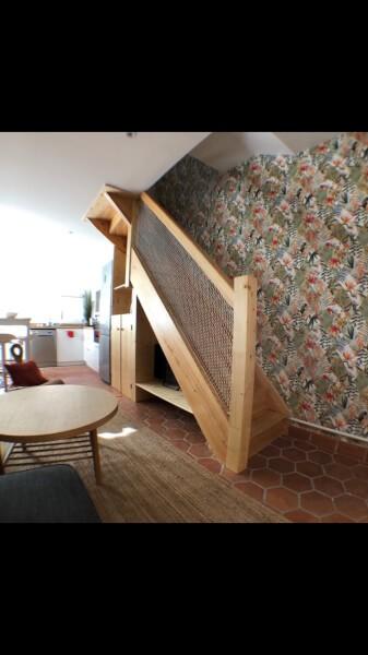 Filet de protection enfants polyamide pour garde-corps escalier en bois