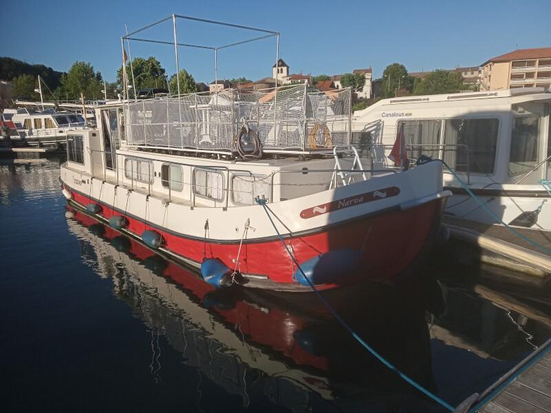 Filet de protection enfants permettant de sécuriser le pont d'un bateau