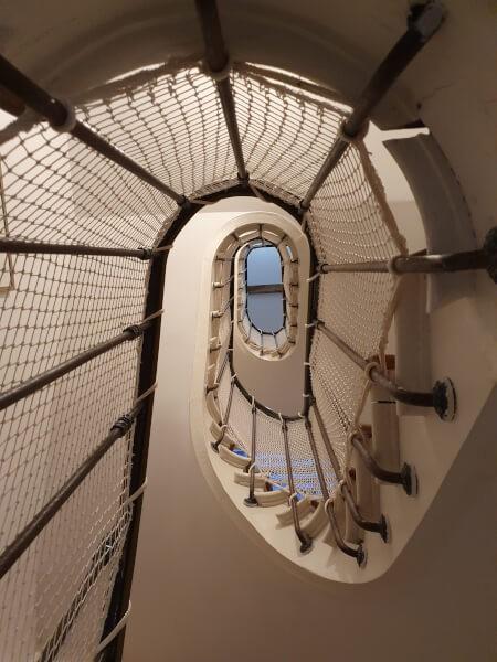 Filet garde-corps protection enfants pour cage d'escalier