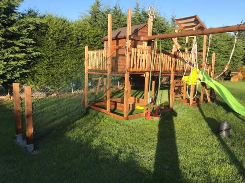 Filet de protection enfants polyamide pour cabanes en bois