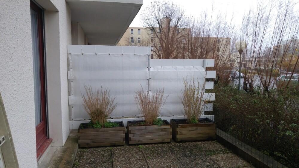 Filet brise-vue de couleur séparation voisin terrasse