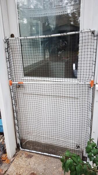 Filet de protection pour chats support pour porte