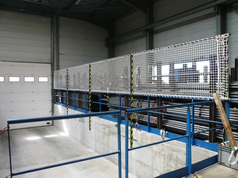 Filet de protection garde-corps pour bâtiment industriel