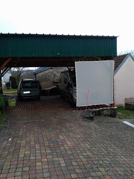 Filets utilisés en protections latérales (pluie /UV) de mon camping-car
