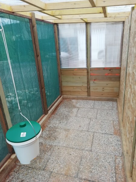 Filet brise-vent pour abri de jardin
