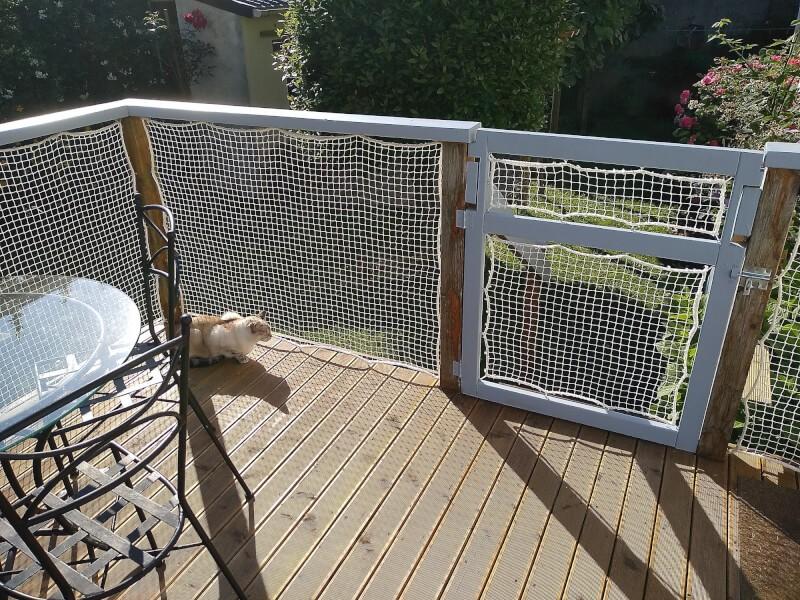 Filet de protection polyamide pour sécuriser une terrasse sur pilotis