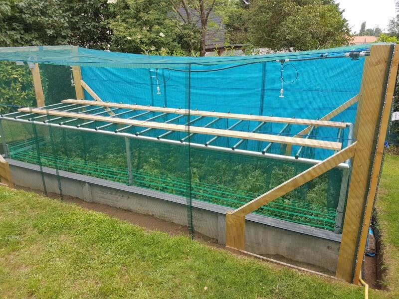 Protection contre les oiseaux d'un parc pour micro élevage d'escargots