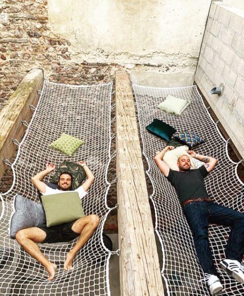 Installation d'un filet de repos sur trémie