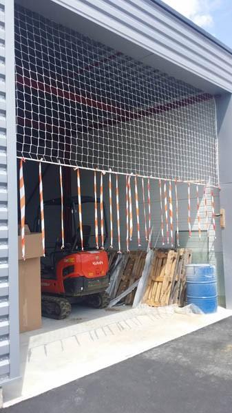 Filet de sécurité hangar