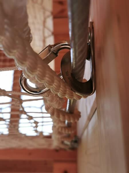 Montage cable avec platine pour filet mezzanine