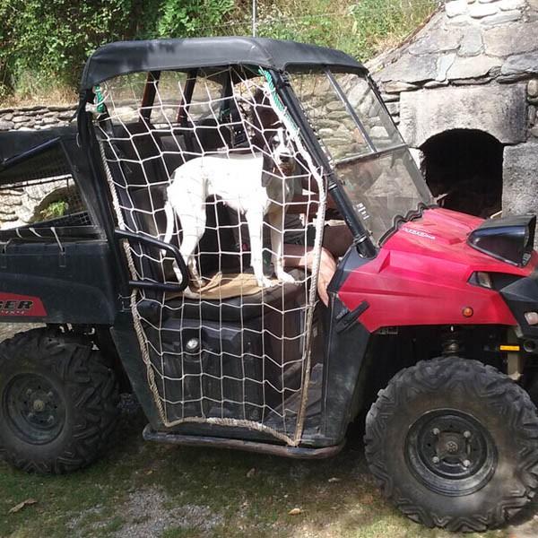 Filet de protection pour véhicules côte-à-côte tout terrain